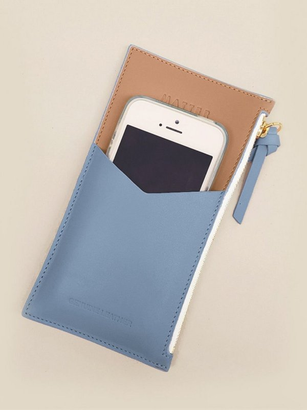더조엘르 | MatterMatters - [MATTER MATTERS] 디자인 핸드폰 파우치 - Mini Zipped Pouch Light Blue/Tan