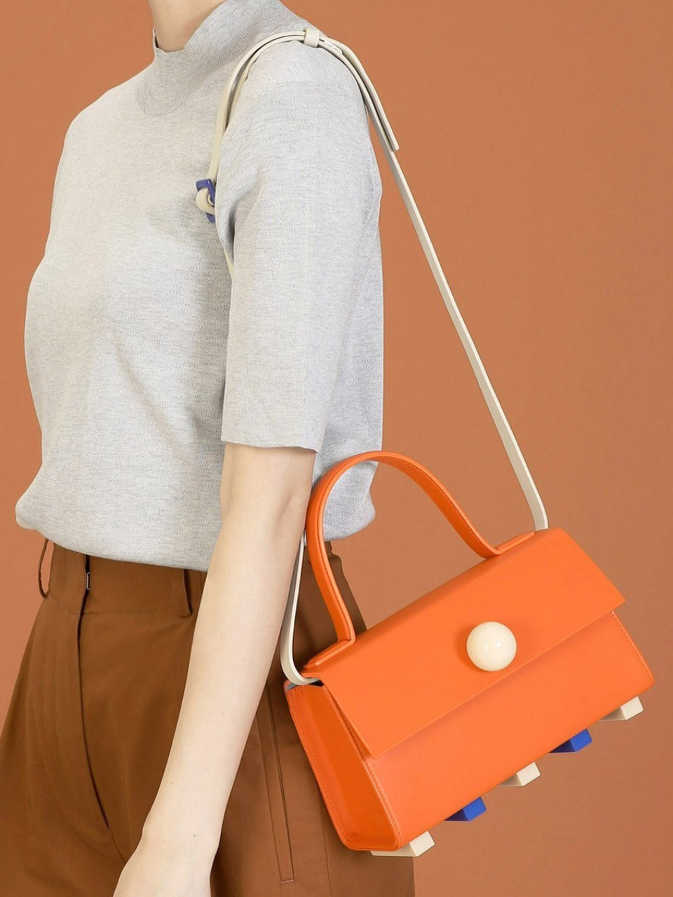 더 조엘르 | MatterMatters - [MATTER MATTERS] MINI TRAPEZOID SATCHEL BAG • ORANGE WITH STRAP