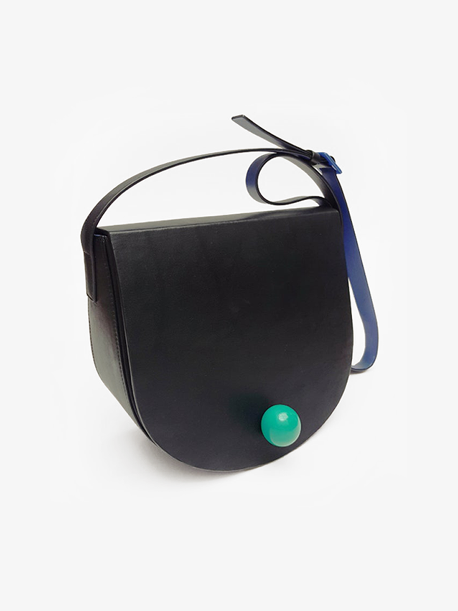 더조엘르 | MatterMatters - [MATTER MATTERS] 홍콩인기 새들백  - Large Deco Saddle Bag Black